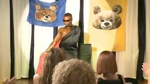 tenåring blowjob virkelighet gruppe stor kuk interracial amatør fest orgie strippe