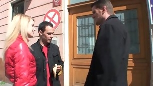 tenåring blowjob blonde hardcore amatør russisk barbert skjørt kjæresten hanrei
