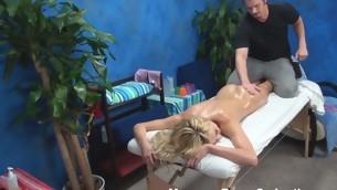 tenåring babe virkelighet blonde hardcore amatør olje massasje fingring små pupper