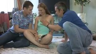 tenåring brunette amatør russisk kjæresten hanrei