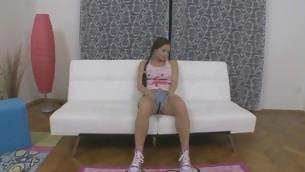 tenåring blowjob kyssing hardcore små pupper