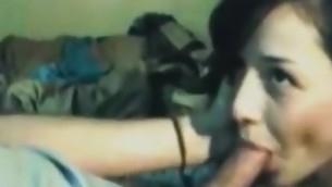 tenåring blowjob brunette amatør hjemmelaget