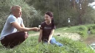 tenåring babe brunette hardcore utendørs amatør coed student kjønn puling