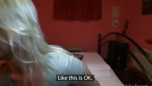 tenåring babe doggystyle blonde amatør synspunkt student barbert kontanter