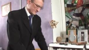 Teen Greis Blondine Alt und Jung Amateur Russisch Coed Schüler Zopf Honig