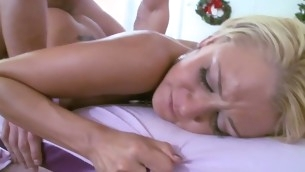 tenåring blowjob doggystyle pornostjerne blonde hardcore store pupper piercing tatovering massasje