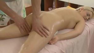 tenåring blonde hardcore massasje hvit