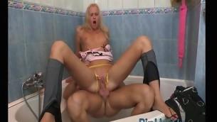 tenåring blowjob blonde anal hardcore amatør små pupper sucking