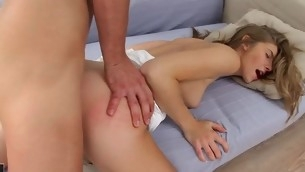 tenåring babe blowjob virkelighet handjob hardcore sofa rumpehull