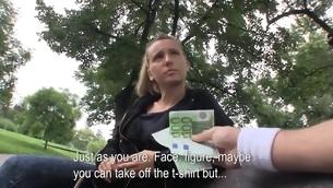 tenåring blowjob blonde hardcore utendørs amatør offentlig