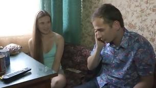 tenåring brunette naturlige pupper hardcore amatør russisk sædsprut kjæresten hanrei