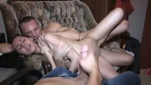 tenåring blowjob trekant hardcore piercing kjæresten