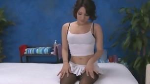 tenåring babe brunette hardcore lingerie tatovering massasje nylon kjønn små pupper