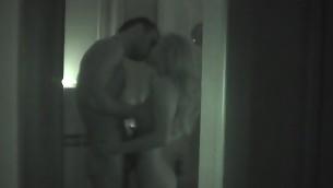 tenåring brunette hardcore amatør bading kjønn webkamera hjemmelaget skjult kamera slående