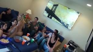 tenåring virkelighet gruppe amatør fest orgie ludder cfnm