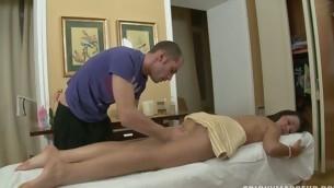 tenåring blowjob hardcore stor kuk amatør massasje fingring små pupper ridning kuk