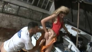 tenåring blowjob blonde hardcore utendørs amatør små pupper tynn