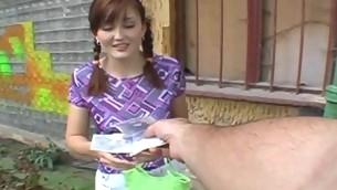 tenåring babe blowjob utendørs amatør synspunkt offentlig kjønn skjørt