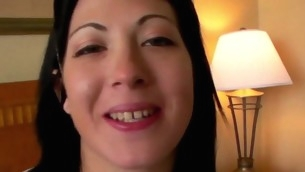 tenåring blowjob brunette hardcore piercing tatovering webkamera kjæresten