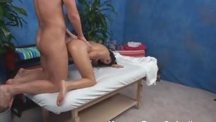 tenåring blowjob virkelighet brunette hardcore amatør olje massasje små pupper ridning