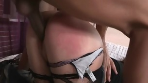 Beauty rides up dick and bounces on it feeling in her anus