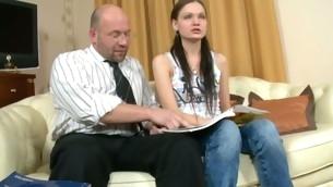 tenåring gammel mann barbert fitte gammel og ung naturlige pupper amatør russisk coed student fitte